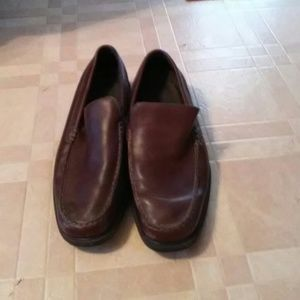 Chinese brown leather men's shoes